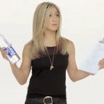 Publicidad sobre agua en You Tube con Jennifer Aniston en la modalidad de marketing viral